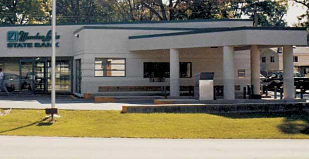 Wonder Lake State Bank on Thompson Road
